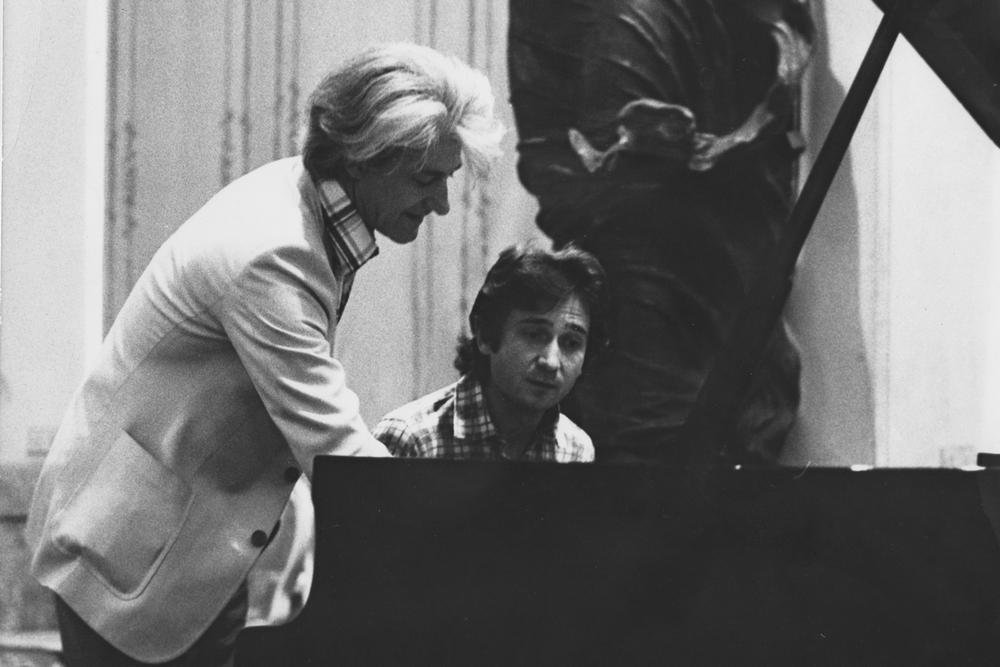 Репетиція зі Станіславом Генріховичем Нейгаузом. Музична академія Кіджі, Сієна, 1974 рік.